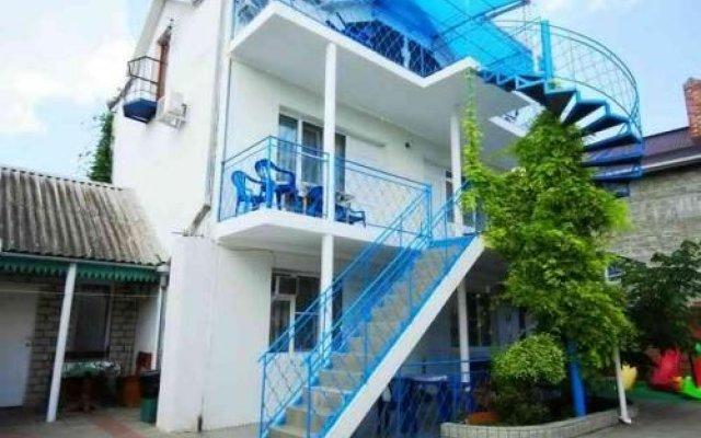 Гостиница Sanita Guest House в Анапе отзывы, цены и фото номеров - забронировать гостиницу Sanita Guest House онлайн Анапа вид на фасад