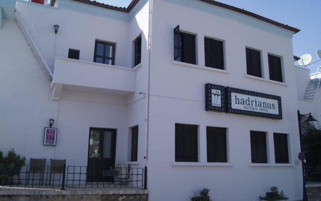 Hadrianus Boutique Hotel Турция, Анталья - отзывы, цены и фото номеров - забронировать отель Hadrianus Boutique Hotel онлайн вид на фасад