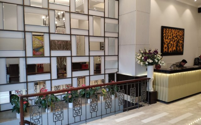 Grand Minerva Hotel