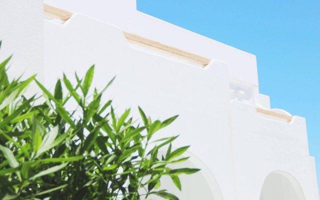 Отель Cavo Bianco Boutique Hotel & Spa Греция, Остров Санторини - отзывы, цены и фото номеров - забронировать отель Cavo Bianco Boutique Hotel & Spa онлайн вид на фасад