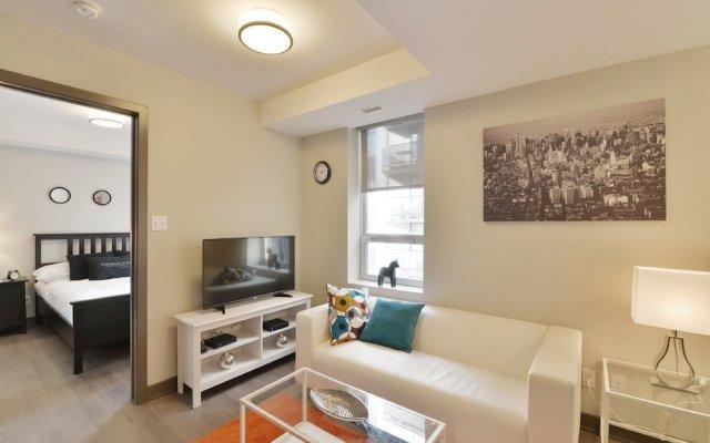 Lisgar Street Apartments by CorporateStays