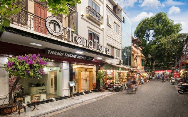 Отель Trang Trang Premium Hotel Вьетнам, Ханой - отзывы, цены и фото номеров - забронировать отель Trang Trang Premium Hotel онлайн вид на фасад