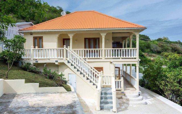 Отель Sandrati Villa вид на фасад