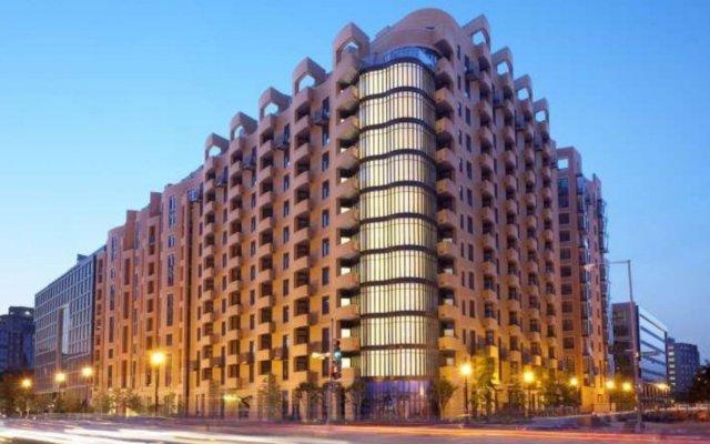 Отель Global Luxury Suites at The Convention Center США, Вашингтон - отзывы, цены и фото номеров - забронировать отель Global Luxury Suites at The Convention Center онлайн вид на фасад