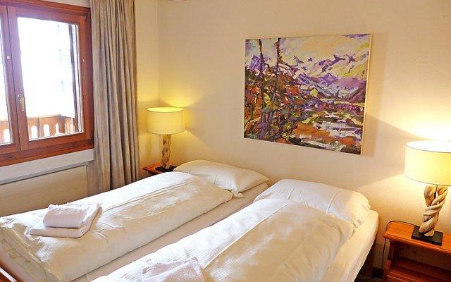 Отель Chesa Ludains 8 - One Bedroom Швейцария, Санкт-Мориц - отзывы, цены и фото номеров - забронировать отель Chesa Ludains 8 - One Bedroom онлайн вид на фасад
