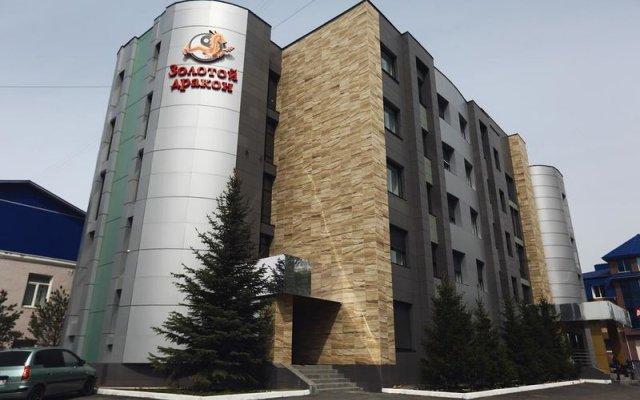 Гостиница Золотой дракон в Оренбурге отзывы, цены и фото номеров - забронировать гостиницу Золотой дракон онлайн Оренбург вид на фасад