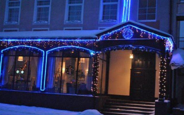 Гостиница Korolevsky Dvor в Гусеве отзывы, цены и фото номеров - забронировать гостиницу Korolevsky Dvor онлайн Гусев вид на фасад