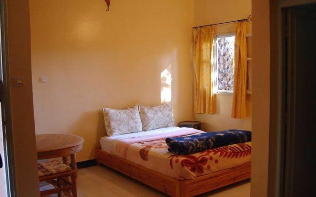 Отель Au Jardin De Tamnougalt комната для гостей