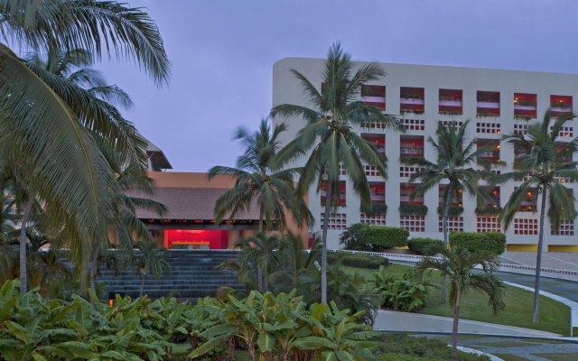 Отель The Westin Resort & Spa Puerto Vallarta вид на фасад