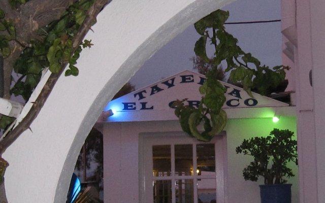 Отель Villa Gambas Греция, Остров Санторини - отзывы, цены и фото номеров - забронировать отель Villa Gambas онлайн вид на фасад