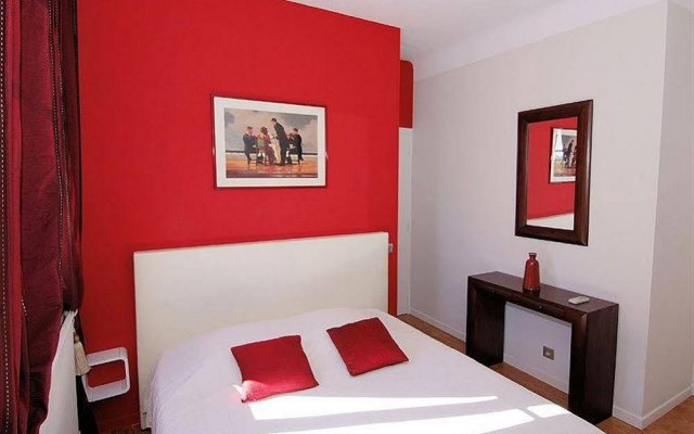 Отель La Pastorelle Chambre d'hotes комната для гостей