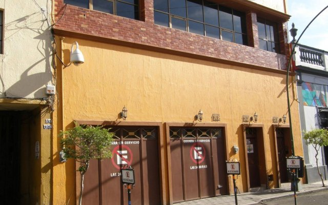 Casa Alebrijes Gay Hotel Гвадалахара вид на фасад