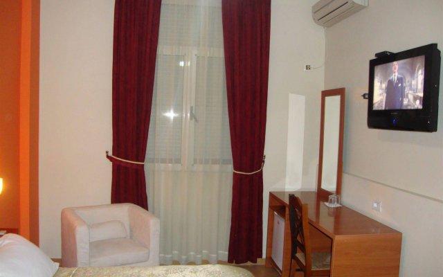 Отель Nobel Hotel Албания, Тирана - отзывы, цены и фото номеров - забронировать отель Nobel Hotel онлайн комната для гостей