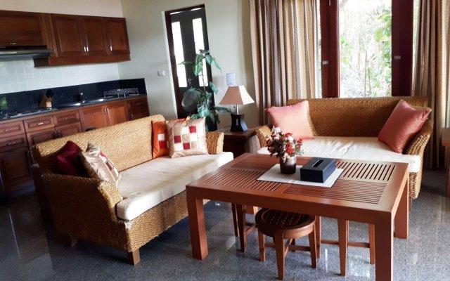 Отель The View Phuket пляж Ката комната для гостей