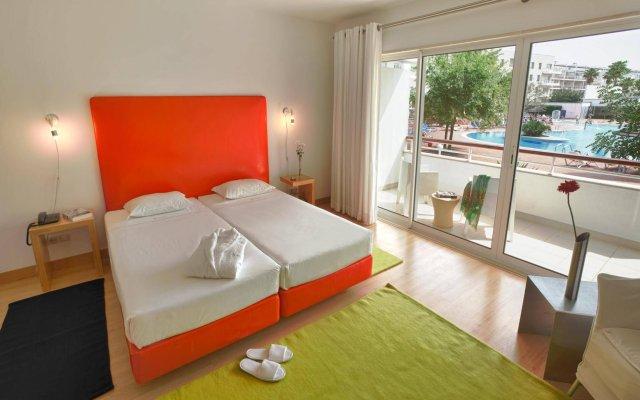 Апартаменты Touristic Apartments Marina Club Ii комната для гостей