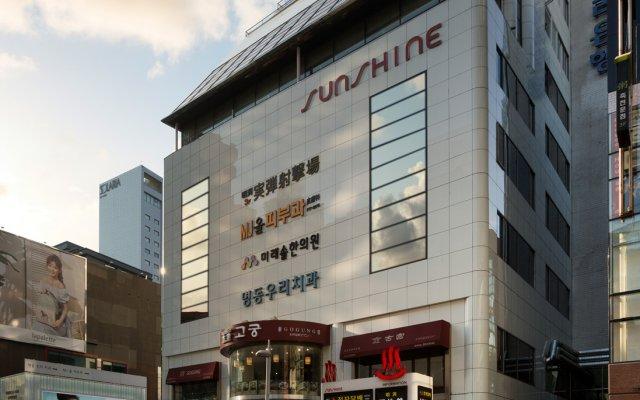 Отель Myeongdong Sunshine Guesthouse Южная Корея, Сеул - отзывы, цены и фото номеров - забронировать отель Myeongdong Sunshine Guesthouse онлайн вид на фасад