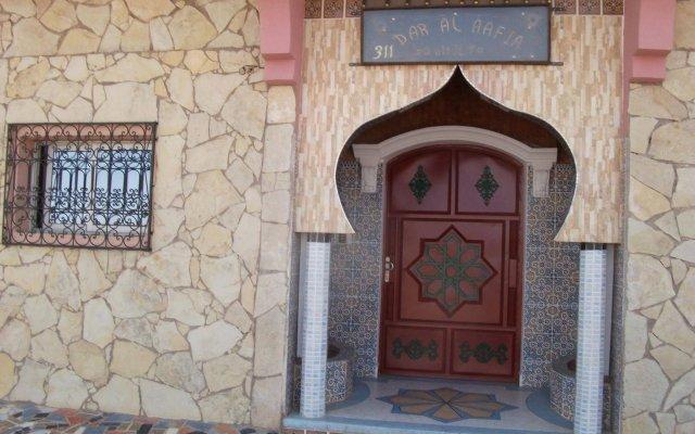 Отель Riad Dar Al Aafia Марокко, Уарзазат - отзывы, цены и фото номеров - забронировать отель Riad Dar Al Aafia онлайн вид на фасад