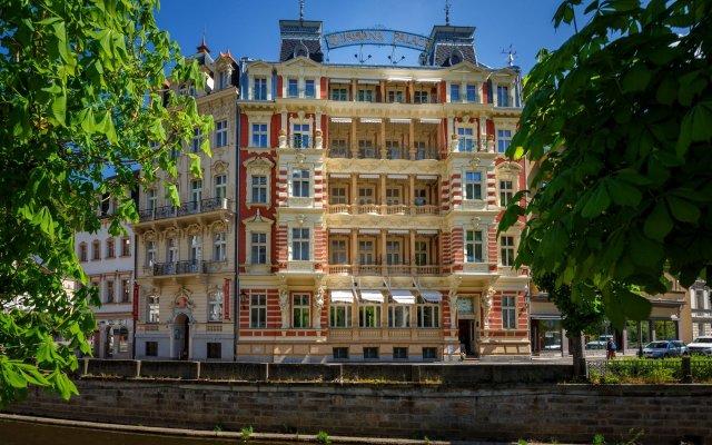 Hotel Quisisana Palace вид на фасад