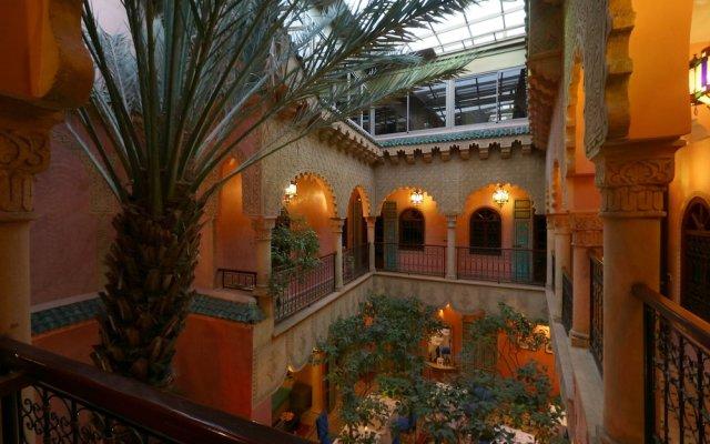 Отель Riad Atlas Quatre & Spa Марокко, Марракеш - отзывы, цены и фото номеров - забронировать отель Riad Atlas Quatre & Spa онлайн вид на фасад