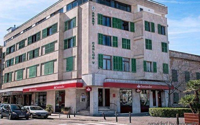 Отель Apartamentos Carlos V вид на фасад
