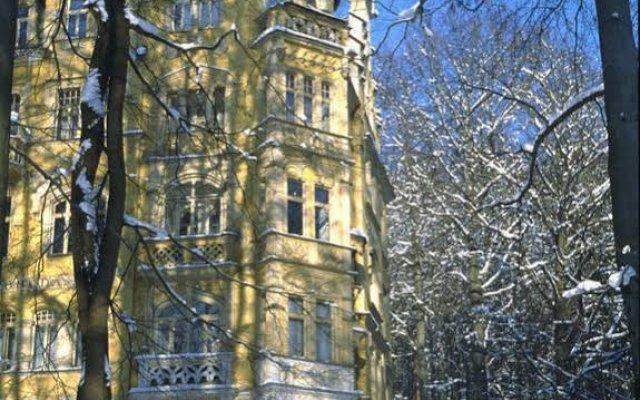 Spa Hotel Svoboda вид на фасад