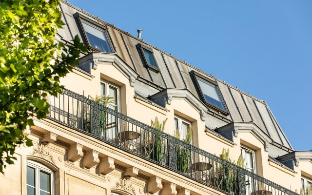 Отель Best Western Premier Marais Grands Boulevards вид на фасад
