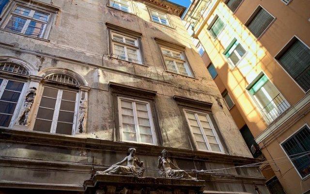 Отель Lussuosa Dimora Dell'Agnello Италия, Генуя - отзывы, цены и фото номеров - забронировать отель Lussuosa Dimora Dell'Agnello онлайн вид на фасад