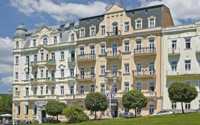 Hotel Paris вид на фасад