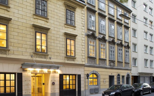 Отель Boutique Hotel Das Tigra Австрия, Вена - 2 отзыва об отеле, цены и фото номеров - забронировать отель Boutique Hotel Das Tigra онлайн вид на фасад