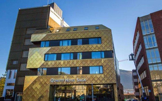 Quality Hotel Saga вид на фасад