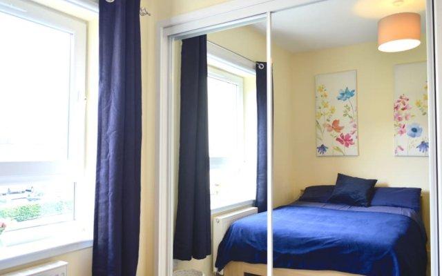 Beautiful Edinburgh Flat With 2 Double Bedrooms