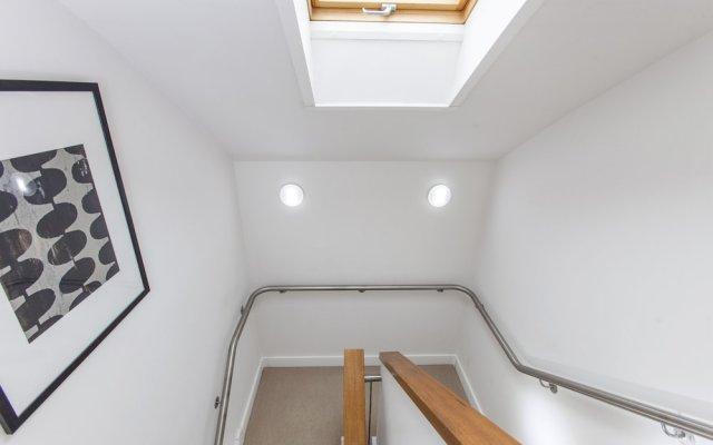 Апартаменты Club Living - Camden Town Apartments комната для гостей