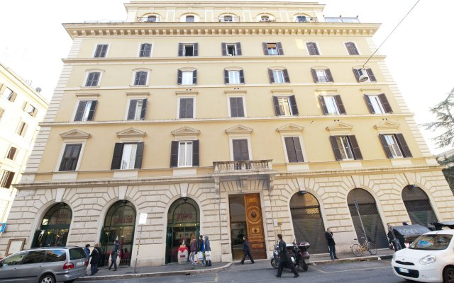 Отель Aelius B&B by Roma Inn вид на фасад