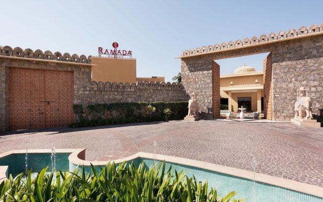 Отель Ramada Resort Kumbhalgarh вид на фасад