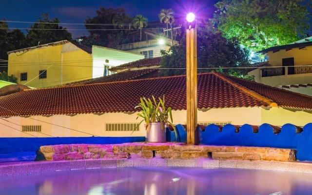 Отель Posada de Belssy Гондурас, Копан-Руинас - отзывы, цены и фото номеров - забронировать отель Posada de Belssy онлайн вид на фасад