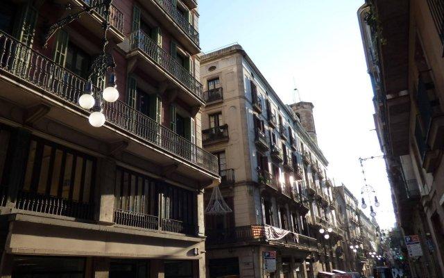 Отель Jaume I Испания, Барселона - 1 отзыв об отеле, цены и фото номеров - забронировать отель Jaume I онлайн вид на фасад
