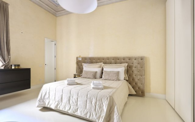 Luxury Apartment in Central Florence