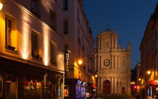 Отель de Josephine BONAPARTE Париж вид на фасад