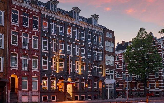 Отель The ED Amsterdam вид на фасад