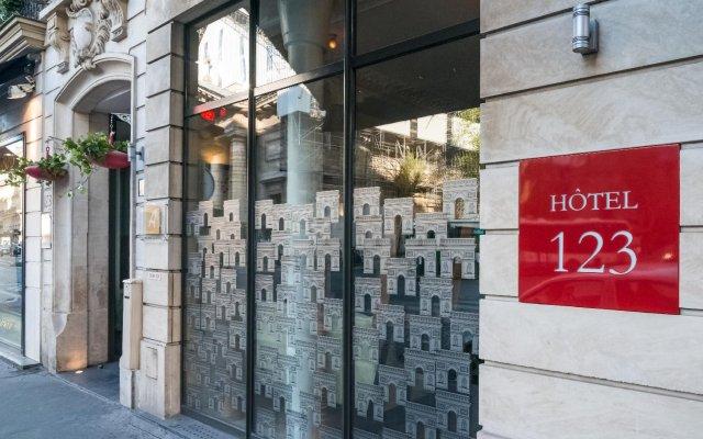 Отель Hôtel Le 123 Elysées - Astotel Франция, Париж - отзывы, цены и фото номеров - забронировать отель Hôtel Le 123 Elysées - Astotel онлайн вид на фасад