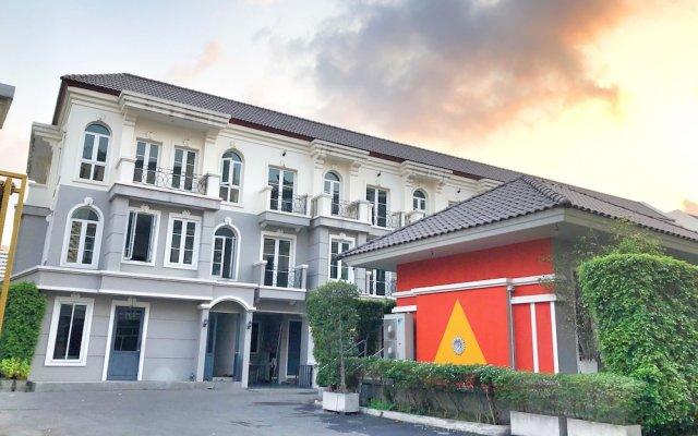 Отель PerFect Home Таиланд, Бангкок - отзывы, цены и фото номеров - забронировать отель PerFect Home онлайн вид на фасад