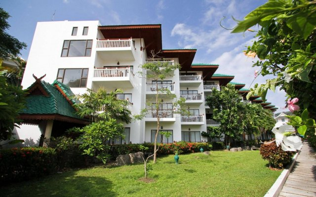 Отель Baan Karonburi Resort вид на фасад