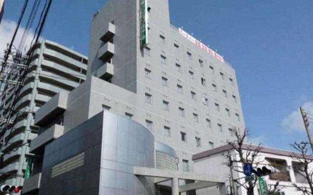 Minami-fukuoka Green Hotel Фукуока вид на фасад