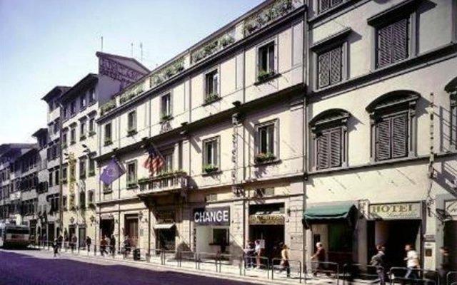 Отель Bonciani Palazzo Pitti Broccardi Италия, Флоренция - - забронировать отель Bonciani Palazzo Pitti Broccardi, цены и фото номеров вид на фасад