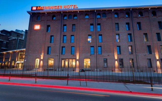 Отель Meininger Brussels City Center Брюссель вид на фасад