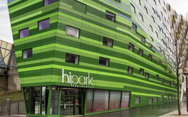 Отель Hipark by Adagio Paris La Villette вид на фасад