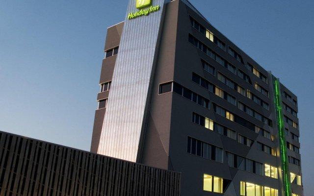 Отель Holiday Inn Bern Westside вид на фасад