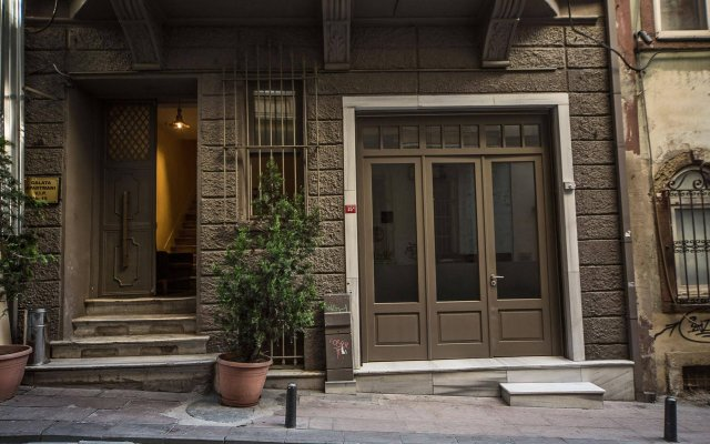 Апартаменты Galata Tower VIP Apartment Suites вид на фасад