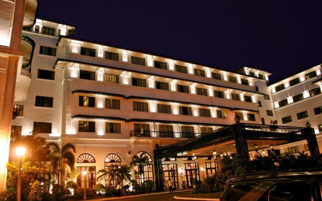 Отель The Manila Hotel Филиппины, Манила - 2 отзыва об отеле, цены и фото номеров - забронировать отель The Manila Hotel онлайн вид на фасад