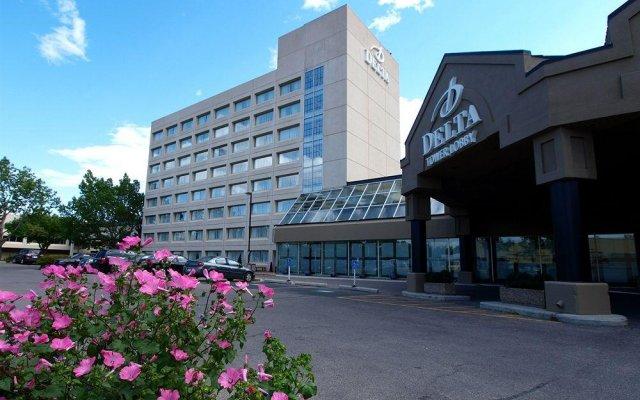 Отель Delta Hotels by Marriott Calgary South Канада, Калгари - отзывы, цены и фото номеров - забронировать отель Delta Hotels by Marriott Calgary South онлайн вид на фасад